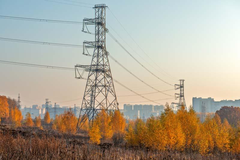 ЧЕЗ откри търг за изграждане на електропроводни линии