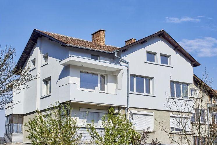 Интер Пауър реализира електроинсталация в жилищна кооперация в Габрово