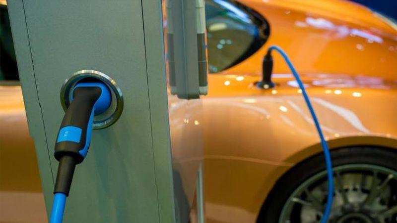 ЕС трябва да има 1 милион зарядни станции за <strong>електромобили</strong> до 2024 г.