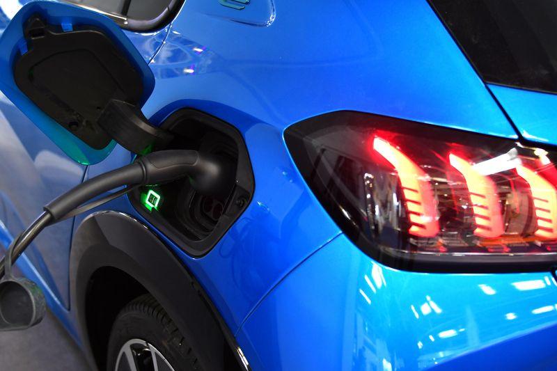 Интелигентни зарядни решения за <strong>електромобили</strong> ще бъдат показани на Power2Drive Europe 2021