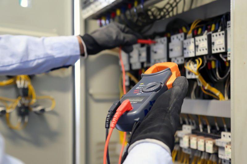 ЧЕЗ Разпределение България търси доставчик на електрически табла