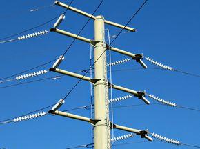 ЧЕЗ набира доставчици на кабелни глави за монтаж на открито и закрито