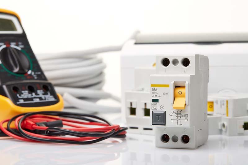 ВиК Варна търси доставчик на електроматериали