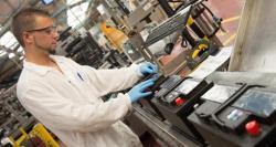 <strong>Johnson</strong> <strong>Controls</strong> произведе 100 милиона батерии в завода си в Бургос